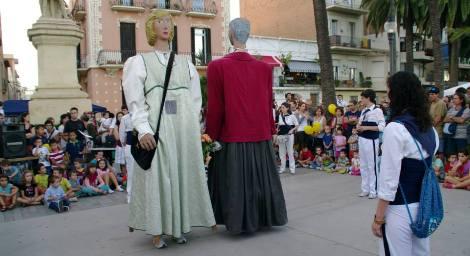 Els gegants de l'escola Joan Maragall, ballats per nosaltres, durant la Mostra de Balls de Gegants de la III Fira de Gegants i Capgrossos de Badalona