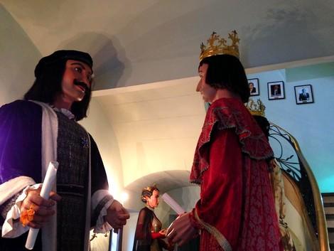 N'Anastasi, na Maria, en Jeroni, na Badamar, el Follet i la Dimonieta es troben des d'avui mateix a dins de l'Ajuntament.