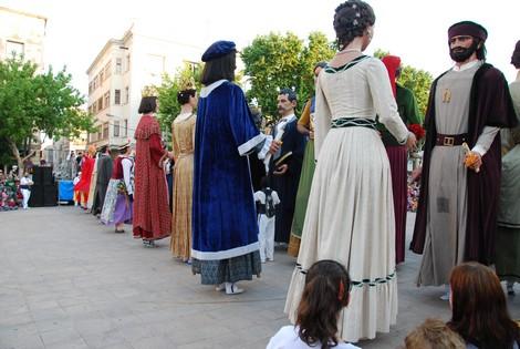 Ballant el Renaixement Gegant